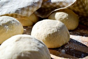 Secrets of working with the dough.